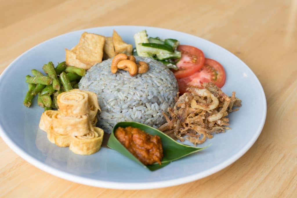 Real Food South Beach Avenue Restaurant